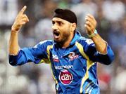 IPL 2013: Mumbai Indians beat Rajasthan Royals to enter final