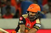 IPL 2017: Hyderabad beat Mumbai to keep playoff hopes alive