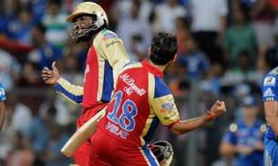 Chris Gayle and Virat Kohli