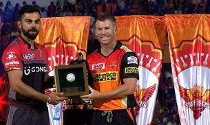 Virat Kohli and David Warner